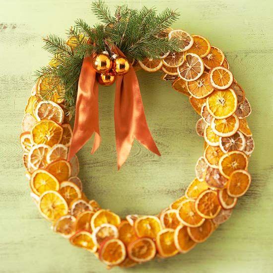 венок из сухих долек апельсина