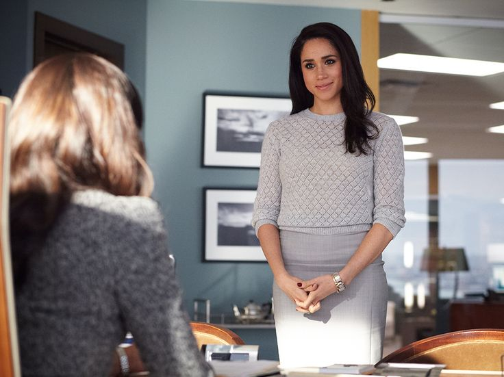 You already know The Power Dresser hearts Rachel Zane. Can't wait for the new season of Suits...