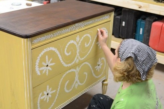 Miss Mustard Seed ~ furniture restoration