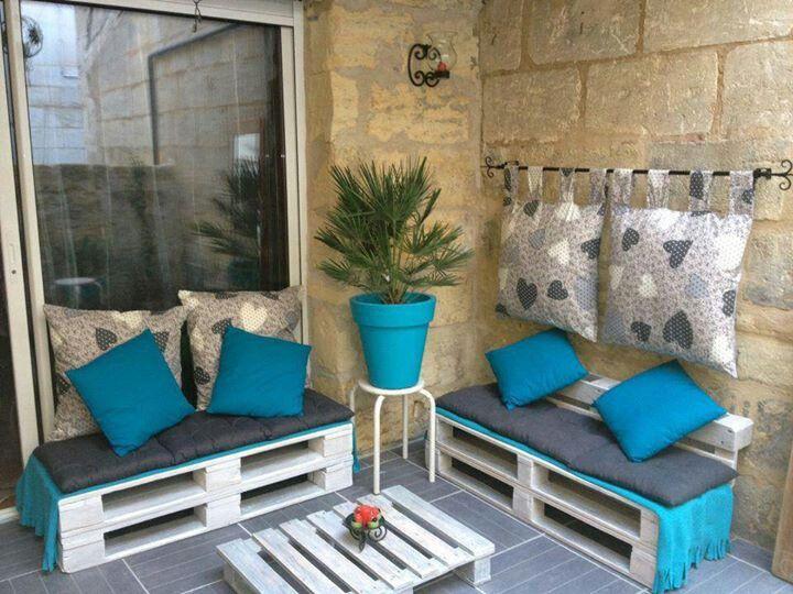 pomys y na urz dzanie balkonu jak urz dzi balkon aran acje na przytulny balkon ma y i du y. Black Bedroom Furniture Sets. Home Design Ideas