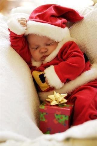 Santa baby awwww