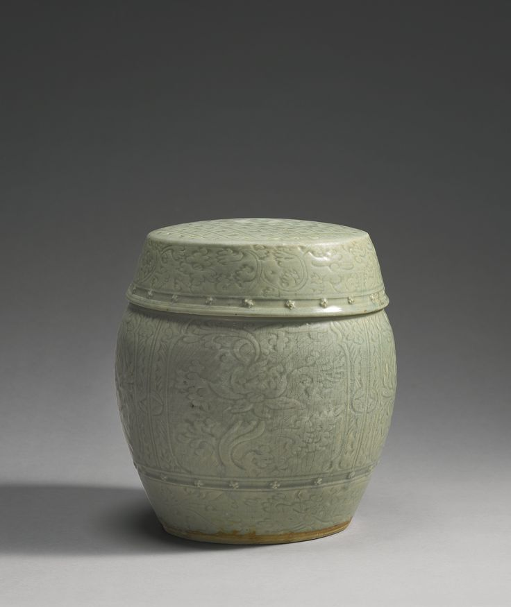 A 'Longquan' celadon garden stool (Zuodun), Ming dynasty, 15th-16th century