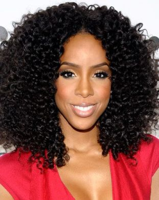 Hairstyles That Never Go Out of Style: Kelly Rowland's Defined Curls