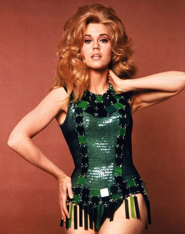 Jane Fonda in Barbarella (Roger Vadim) - Costumes by Paco Rabanne