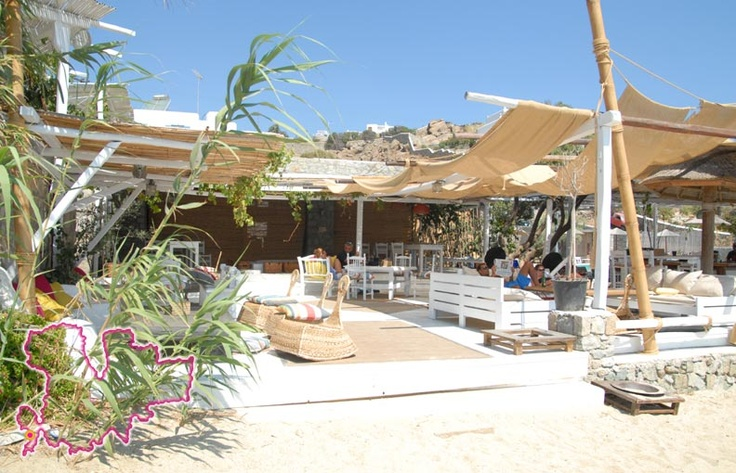 Hippie Fish Mykonos, a beachside sushi style spot near Agios Ioannis