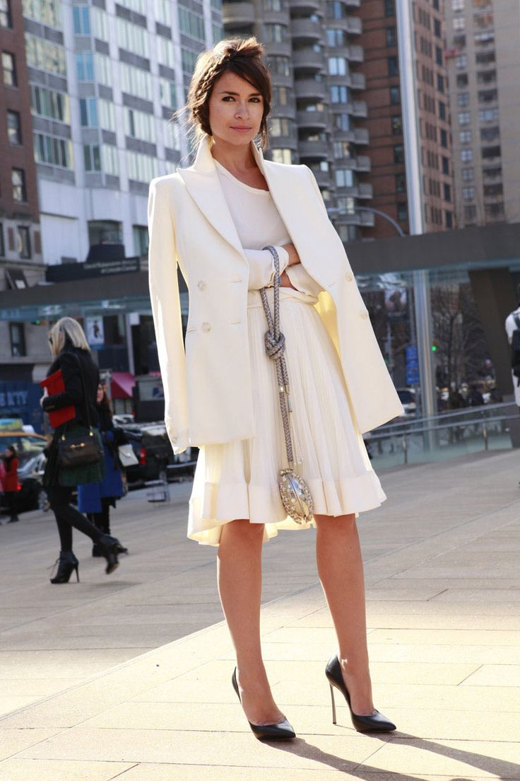 Miroslava Duma - total white look