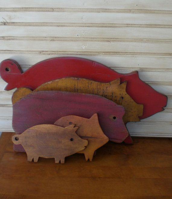 Set 3 Primitive Pig Cutting Board Vintage Wood by redshedvintage, $24.00