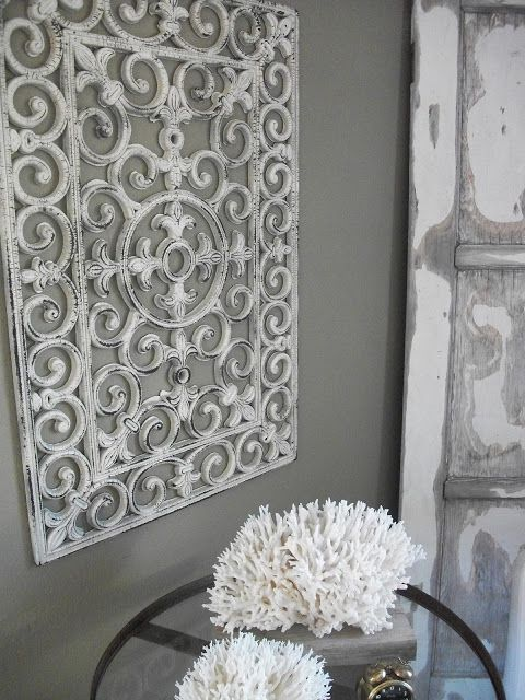 10 Projects with Spray Paint • Tutorials, including this floor mat wall art from 'Salvage Dior'!