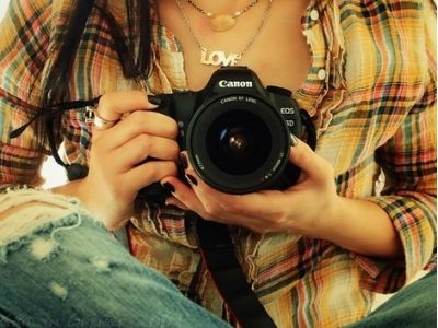 9 Helpful Tips on How to Take Fantastic Photos Everyone Will Love … Learning how to take fantastic photos is actually quite easy. Everyone's a photographer these days, thanks to programs like Instagram, …