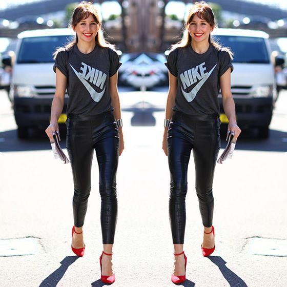 #stealthelook #look #looks #streetstyle #streetchic #moda #fashion #style #estilo #inspiration #cores #sporty #bracelete #calca #camiseta #Nike #vermelho #scarpin #couro