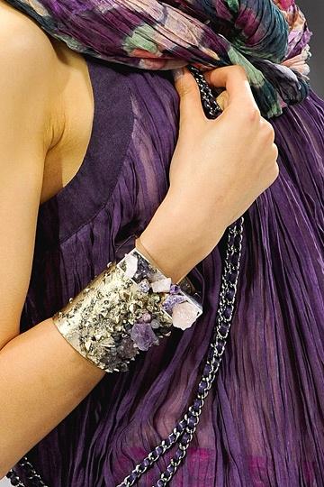 Detaljer för Chanel Fall 2012 Collection
