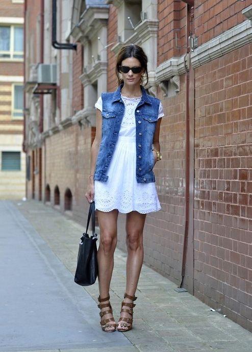 dainty linen dress // scalloped hem // jean vest // strappy sandals // le catch