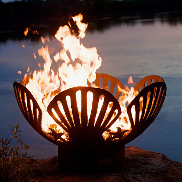 Fire Pit Barefoot Beach brown: love the shells!