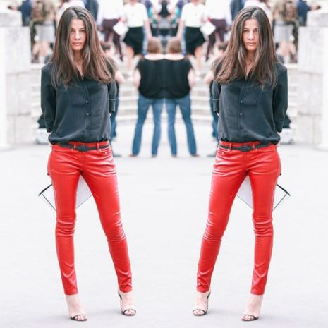 Red Jeans #jeans #denim #redpants #camisa