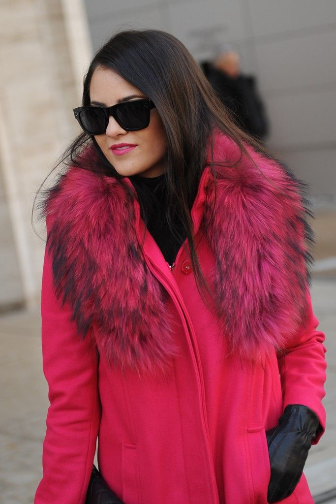 Loving Pink Peonies in Alice and Olivia- Moss jacket at #NYFW!! From @WWD