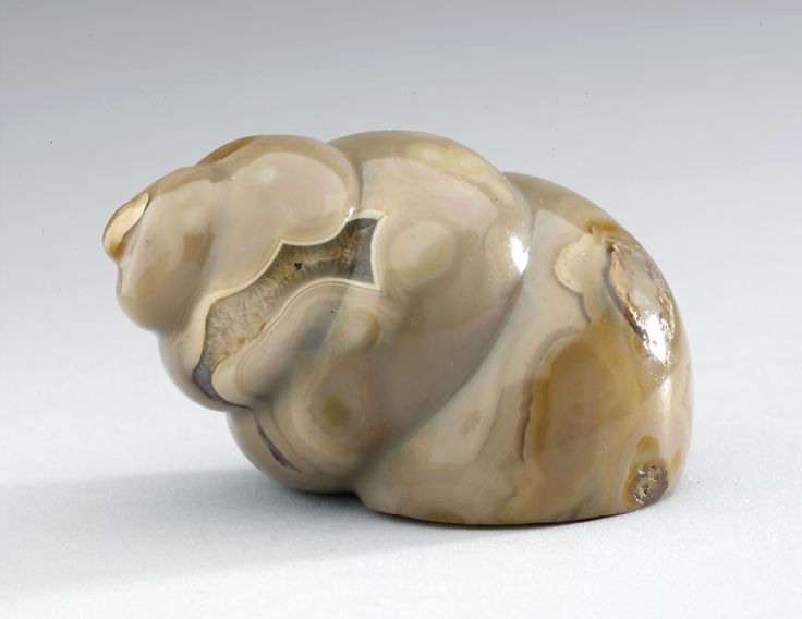 Agate snuff bottle in the form of a snail shell 1750 - 1900 AD Qing Dynasty China; Asia