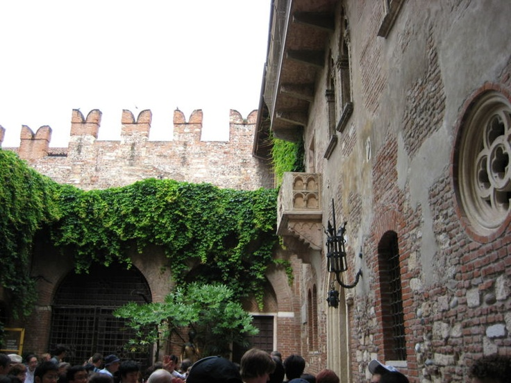 Image Result For How To Get To Juliets Balcony In Verona
