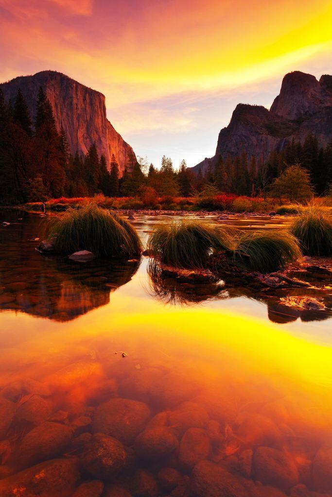 Stunning lakeside #sunset