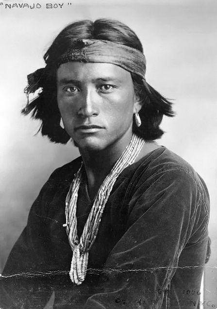 Navajo Boy di Carl Luna c1906