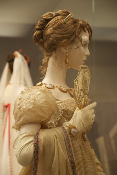 dating victorian hairstyles