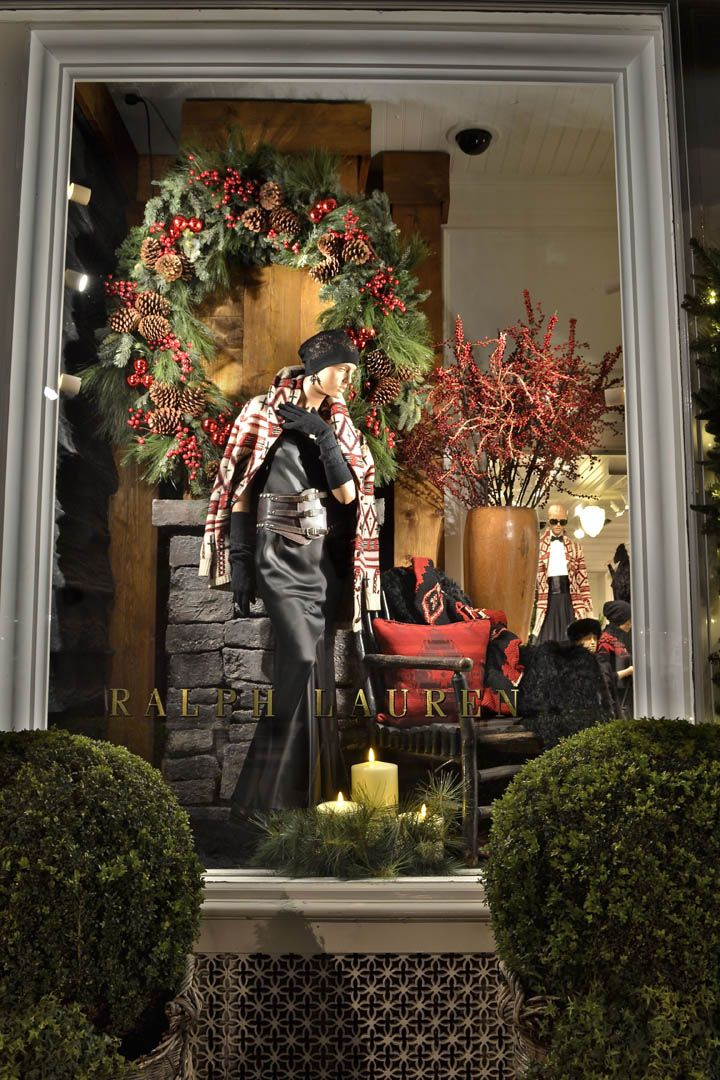 Understated Xmas window display at Ralph Lauren
