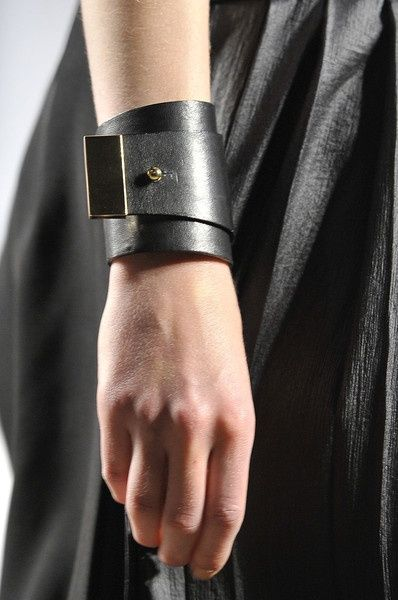 Clasp concept will definitely be used in a design idea I have...