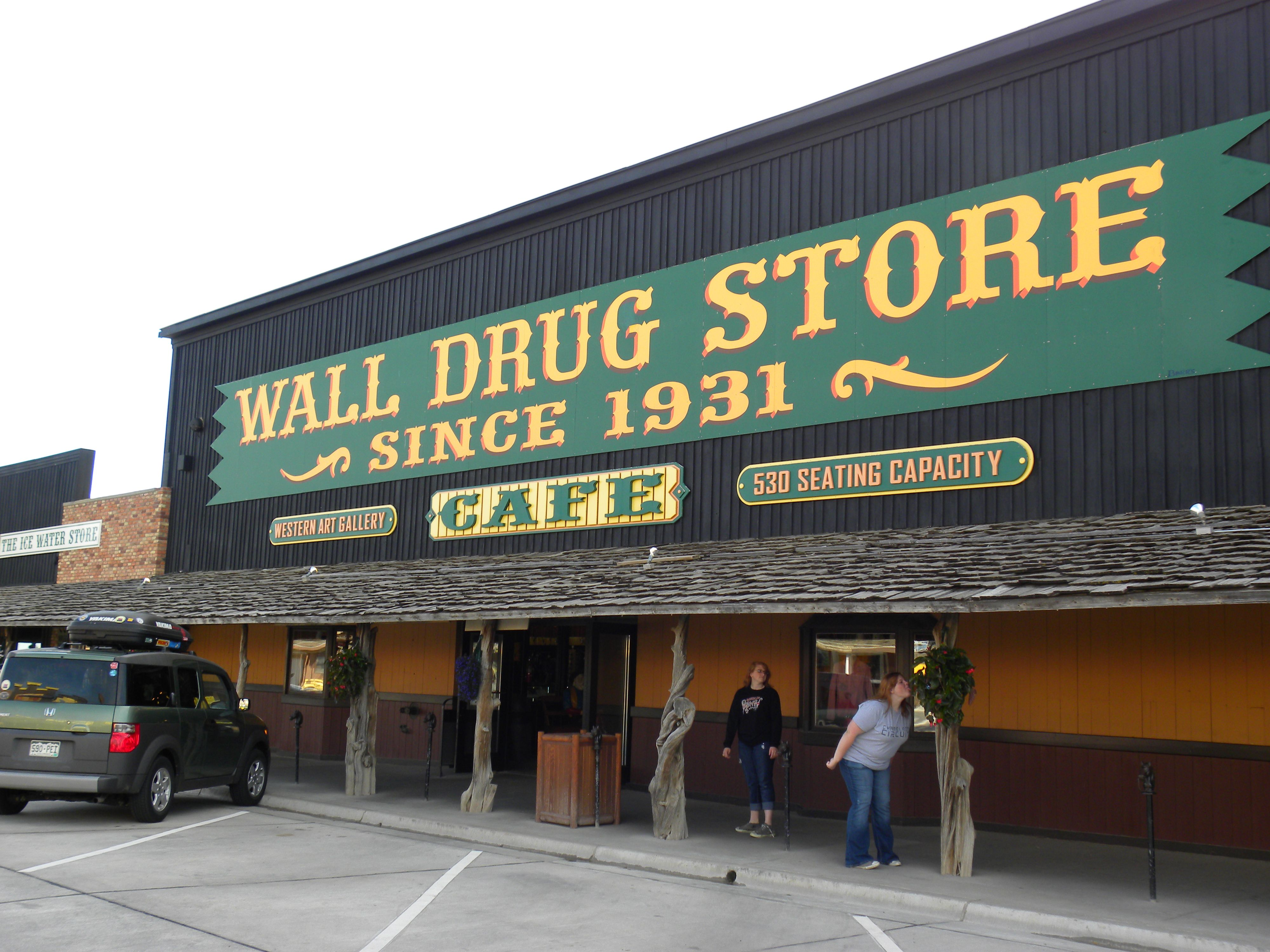 wall drug store wall south dakota places i ve been on wall drug south dakota id=20079