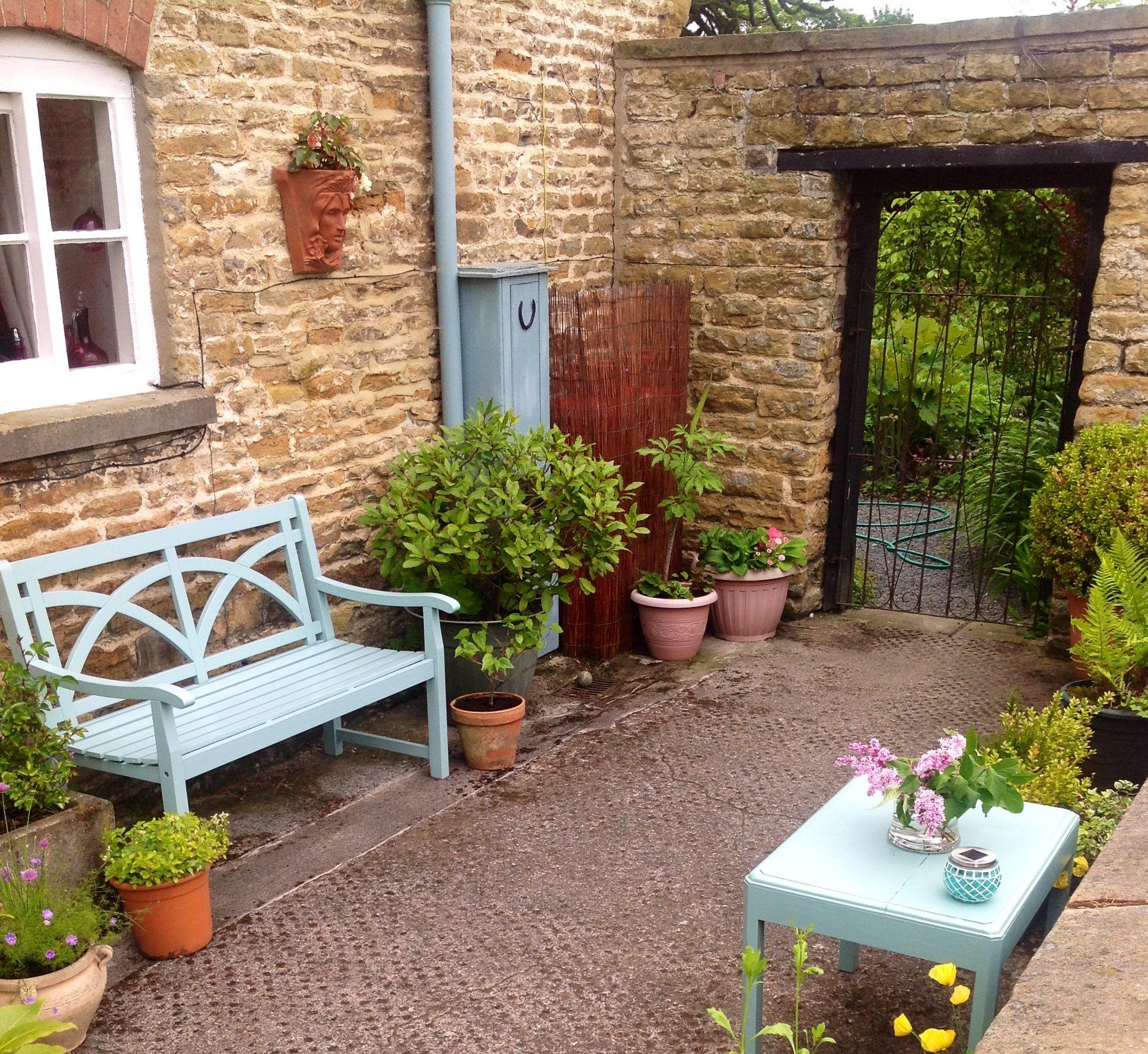 Small walled garden | Courtyard Garden Ideas | Pinterest on Courtyard Patio Ideas id=86666
