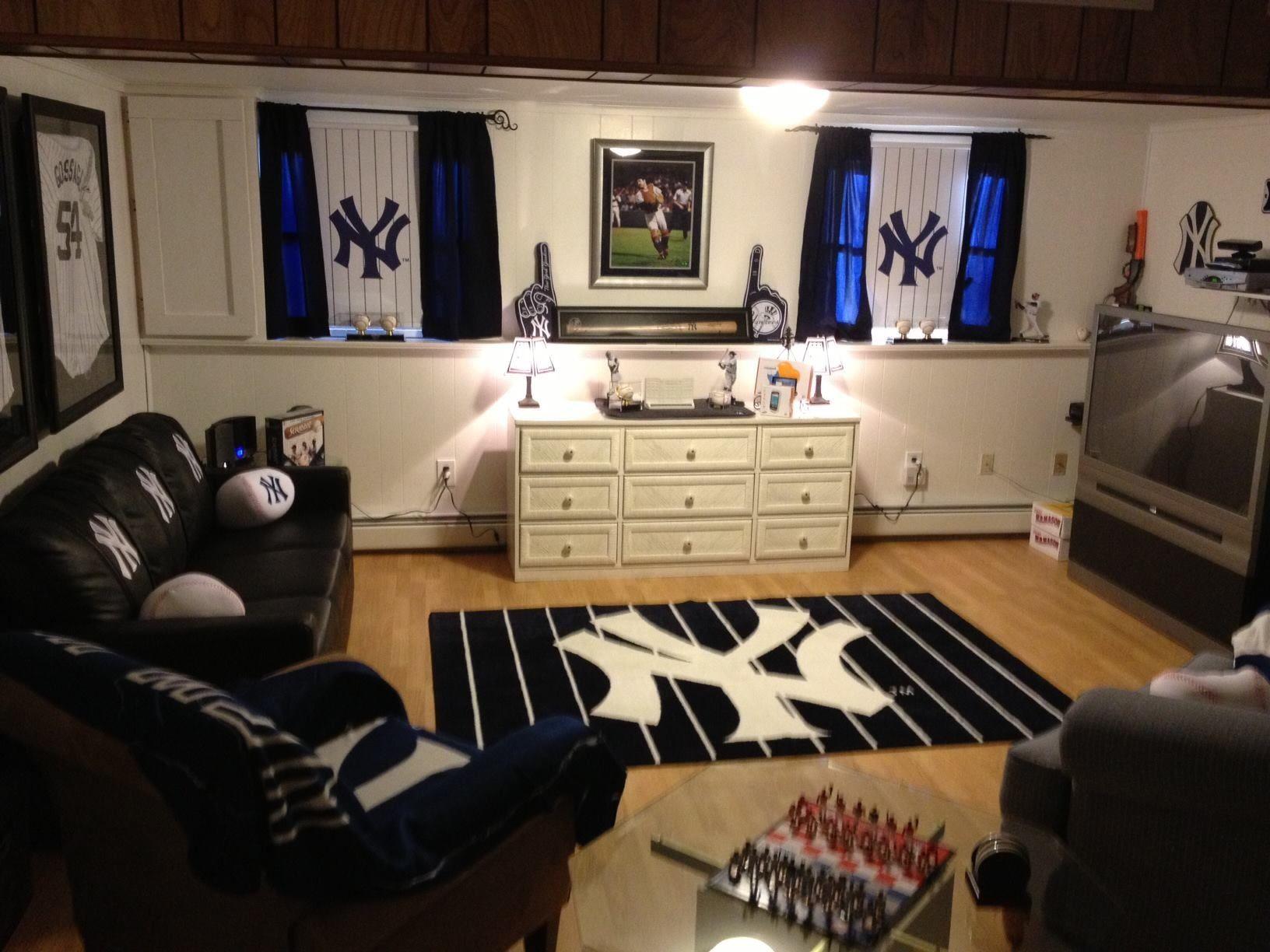 New York Yankees Bedroom Ideas