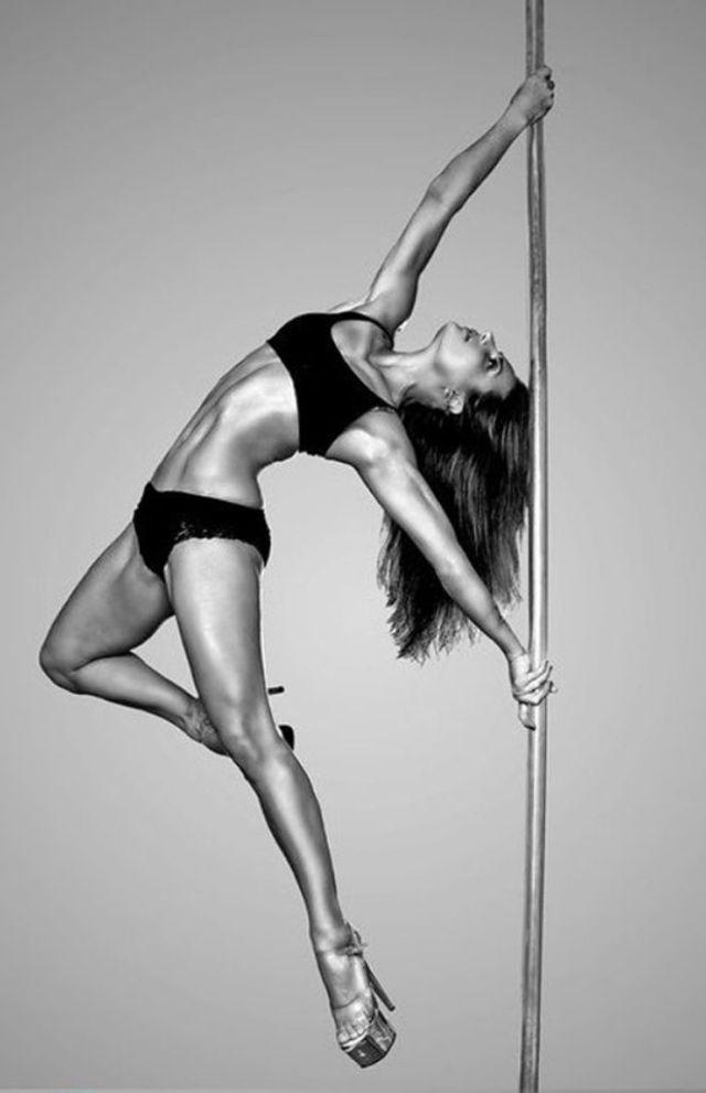 Pole Dancing Pictures - Hot Latin Amateur