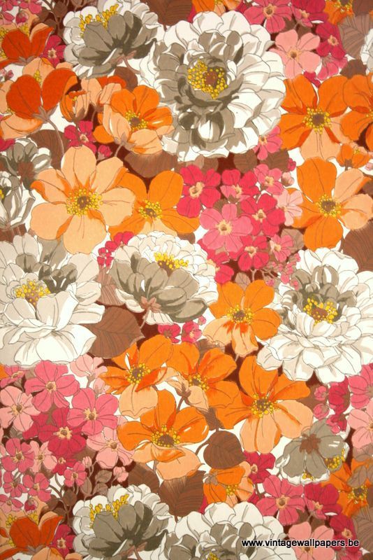 vintage wallpaper floral 70s www.vintagewallpapers.be White, Grey, Brown, Orange, Yellow, Purple, Pink,