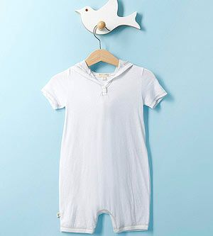 14 Kid-Friendly Baby Shower Games: Design a Bodysuit (via Parents.com)