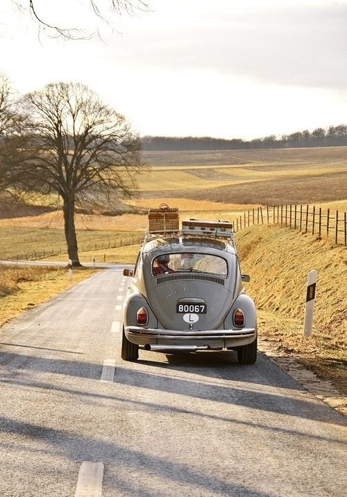 weekend escape = country road, picnic basket, roadtrip