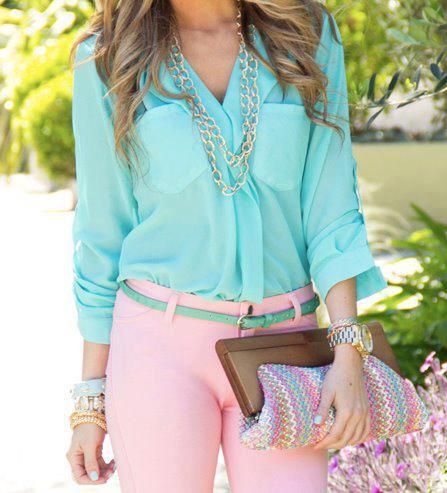 Blue top & Light Pink Pants, so cute! http://www.studentrate.com/fashion/fashion.aspx