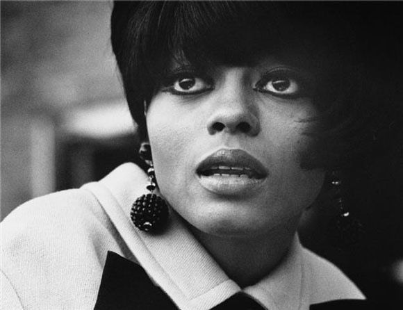 Diana Ernestine Earle Ross (born March 26, 1944[1]) is an American singer, music artist, and actress. Ross first rose to fame as a founding member and lead singer of the Motown group The Supremes during the 1960s.