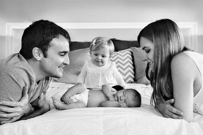 Così bella!  Famiglia di quattro immagini neonato
