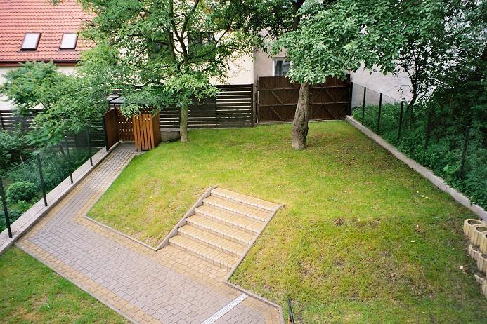split level garden - Google Search | Garden ideas | Pinterest on Split Garden Ideas id=47585