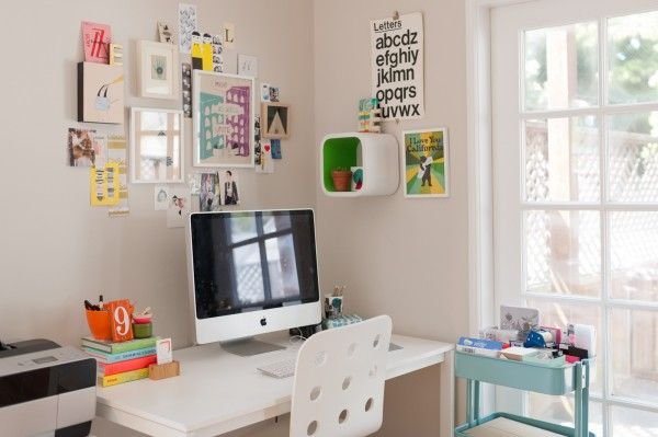 San Fransiscan illustrator / artist, Lisa Congdon's workspace
