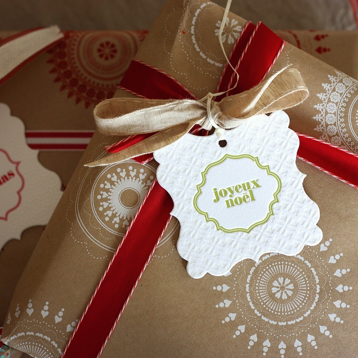 bespoke letterpress boutique - christmas - gift wrapping ideas - christmas gift tag - large ornament