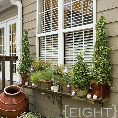 Ten DIY Window Box Planter Ideas with Free Building Plans - Tuesday {ten} - bystephanielynn