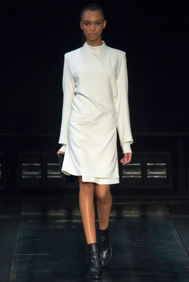 Helmut Lang all white coat black boots fall 2014 rtw