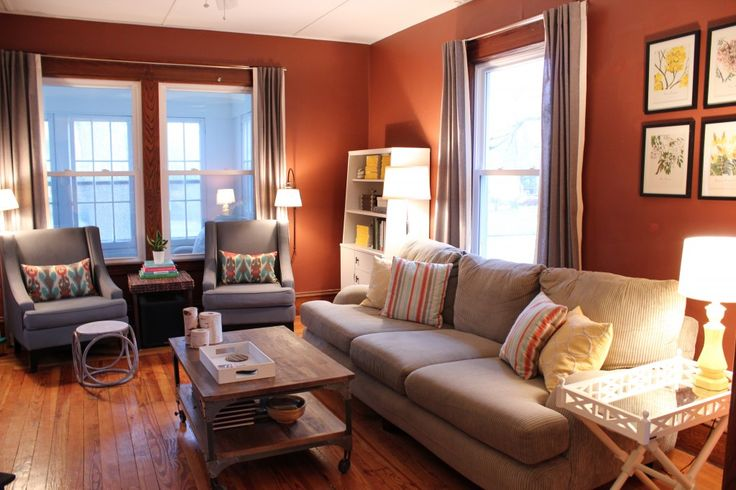 Warm Living Room--love The Wall Color