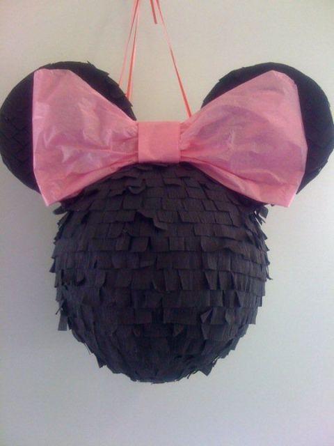piñata de mickey con globos