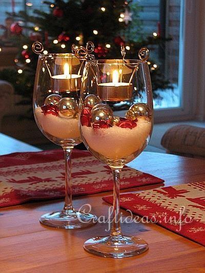 Decoracion Navidad. I like the idea but would probably just use hurricanes