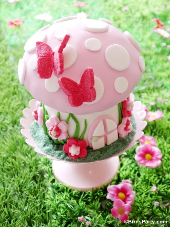 pikie fairy birthday party cake