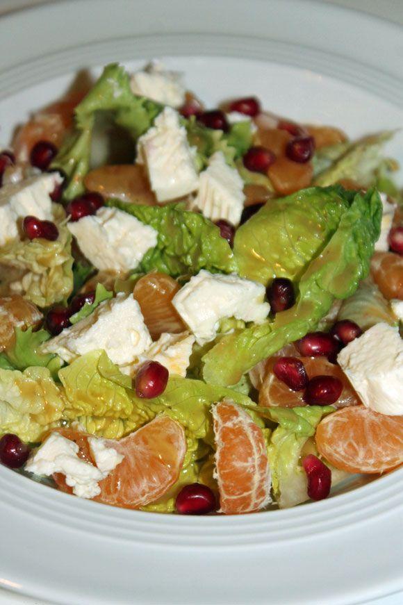 Salat mit Mandarinen und Granatapfel