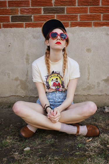 Comic Con Vtg Mr. Monster Tee, American Apparel High Waisted Jean Shorts
