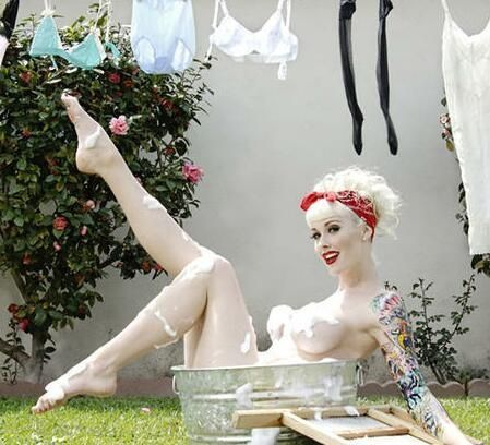 white skin naked girls