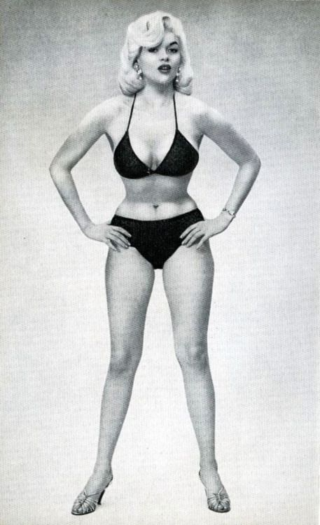 ideal female body 1950 - photo #6
