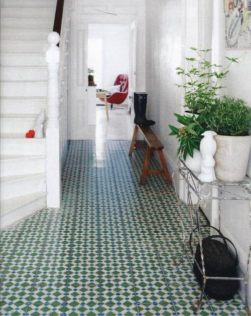 Green cement tiles. Paviment hidràulic verd